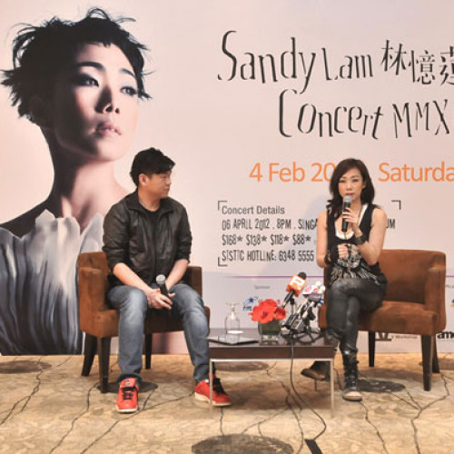 Sandy Lam MMXII Concert – Singapore Autograph Session