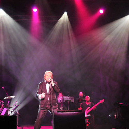 Engelbert Humperdinck 2012 Live In Singapore