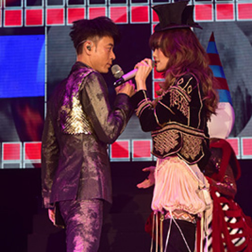 Hacken Lee & Joey Yung Live Around The World in Singapore